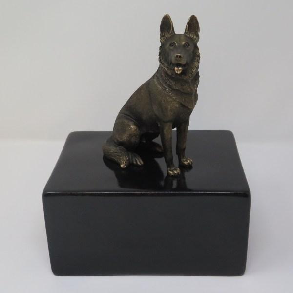 Deutscher Schäferhund Urne Designurne