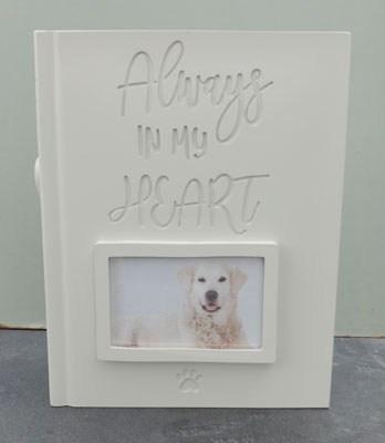"""Tierurne mit Bild Ihres Tieres in Form eines Buches """"Immer in meinem Herzen"""""""