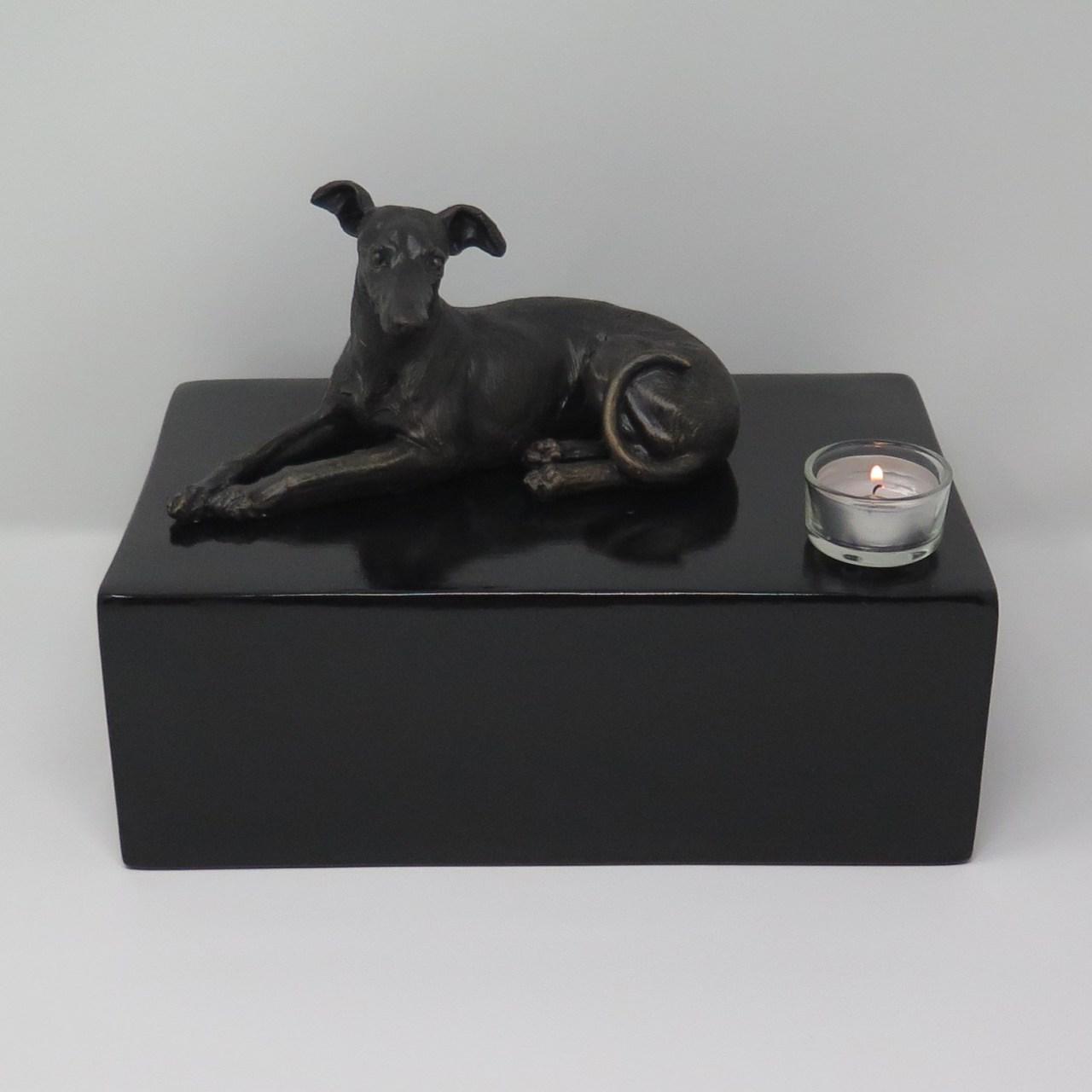 Greyhound Urne mit Teelicht