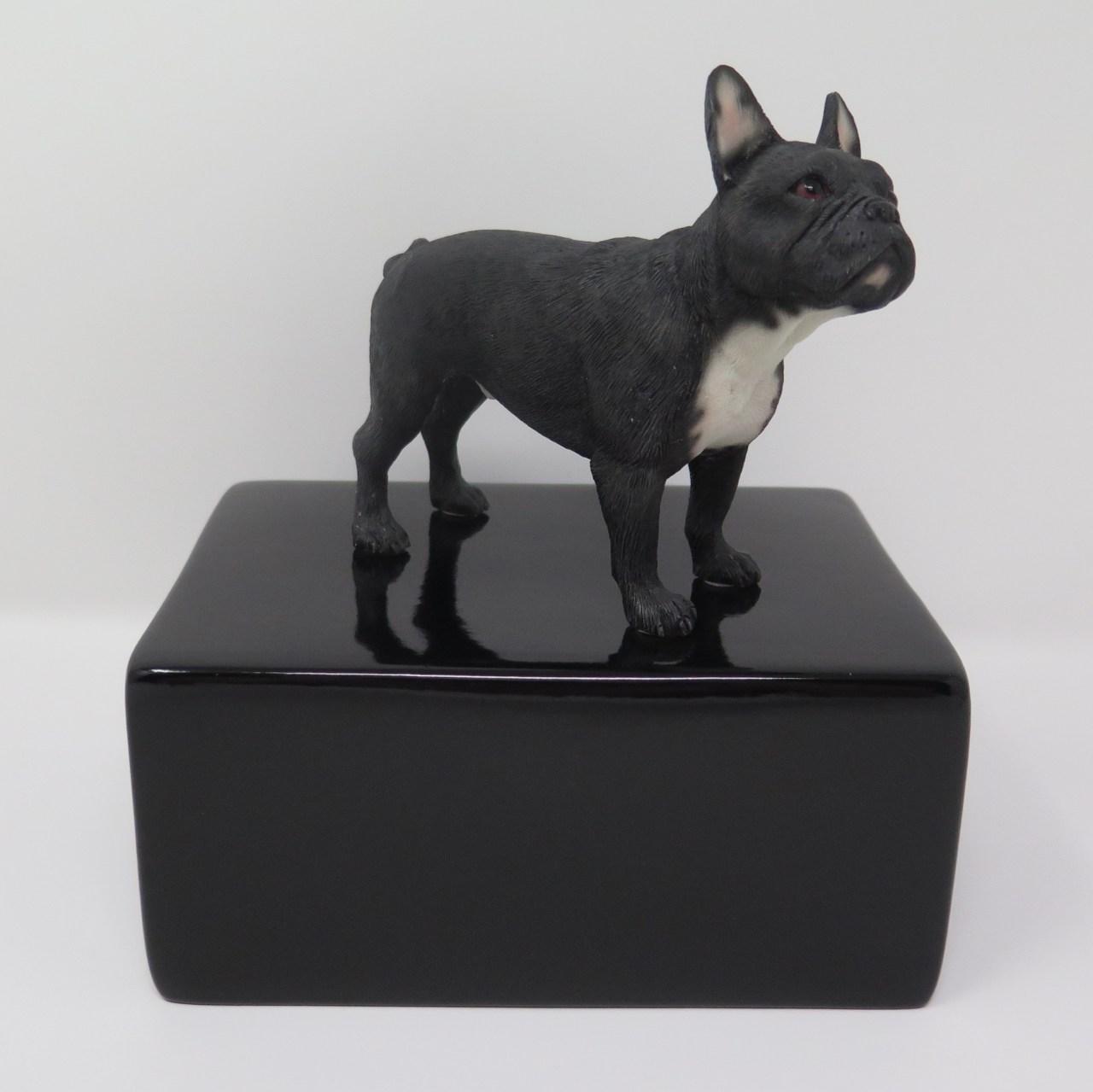 Französische Bulldogge Urne Designurne