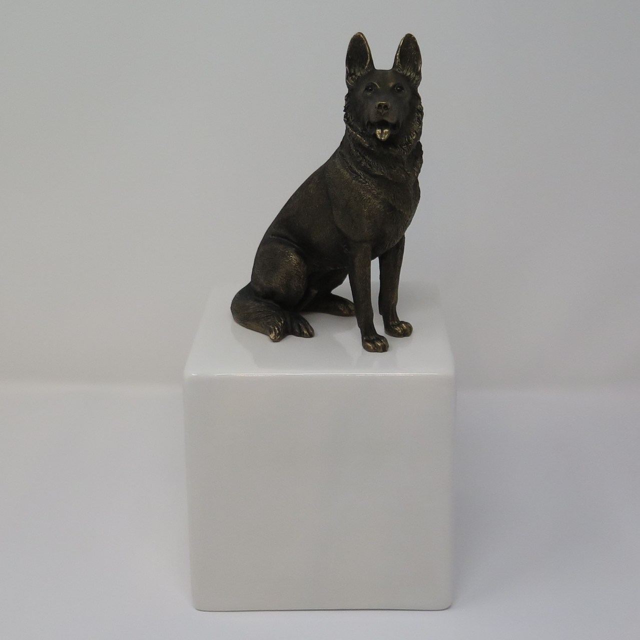 Deutscher Schäferhund Urne