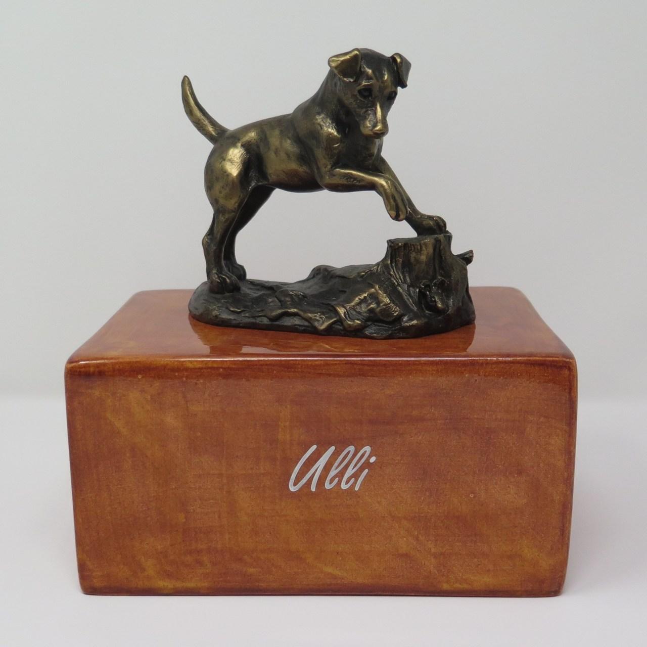 Jack Russel Urne mit Bronzefigur