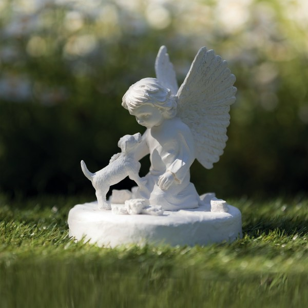 Gedenkstein mit Hund und Engel