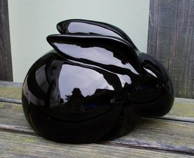 Kaninchenurne Schnuffel schwarz