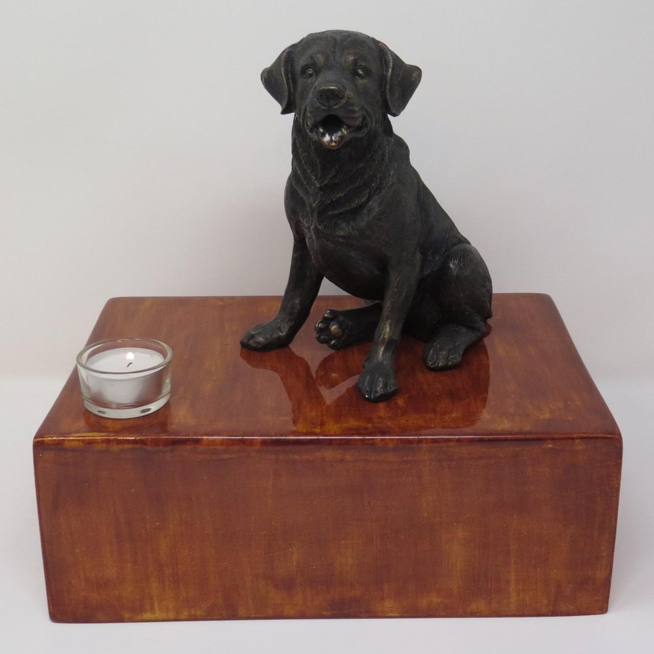Labrador Urne mit Teelicht