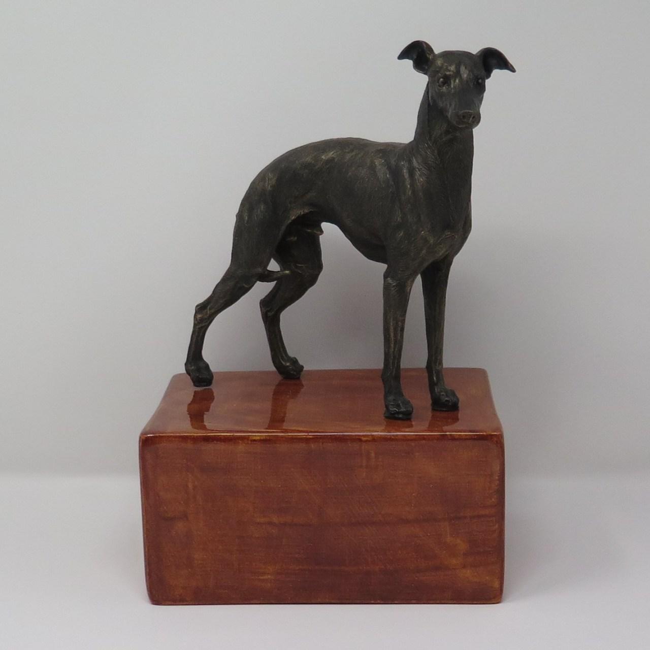 Greyhoundurne