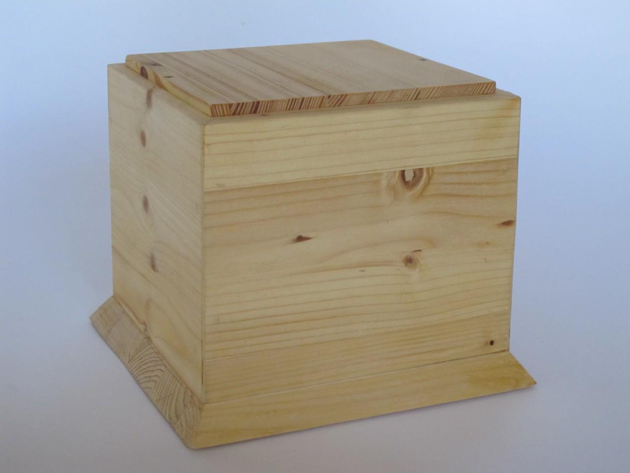 Holzurne Wood